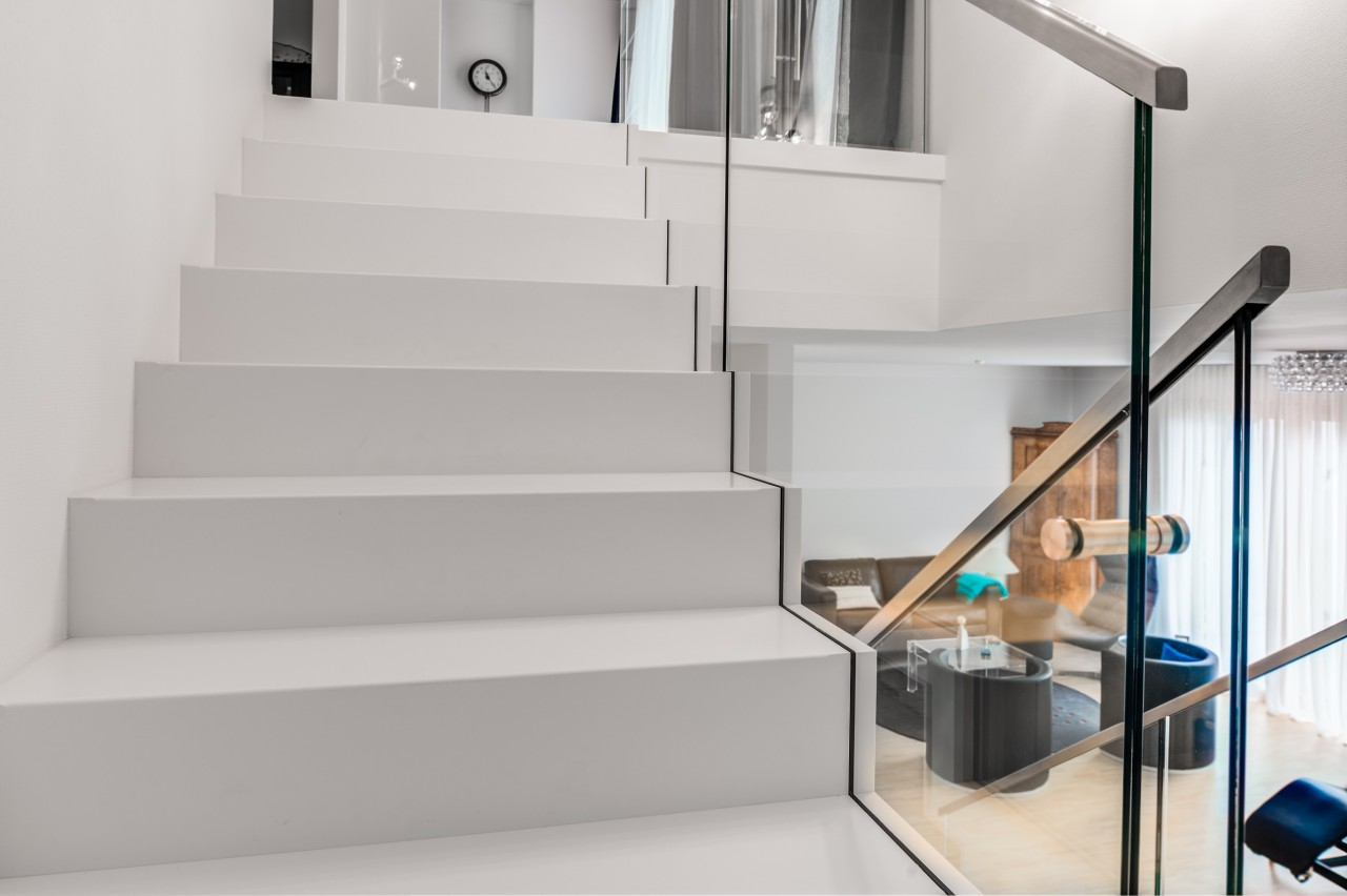 cantilevered stair corian 07