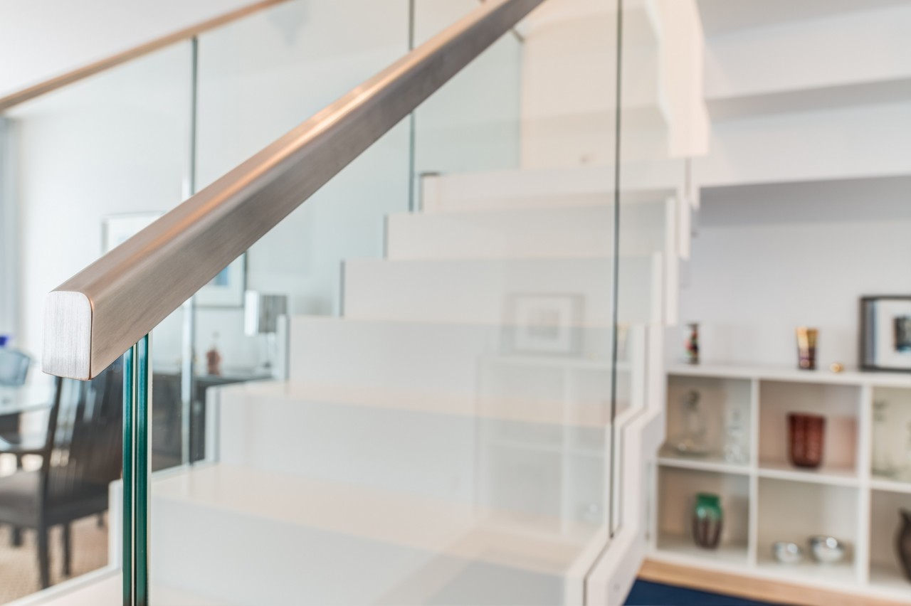 cantilevered stair corian 10